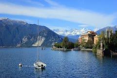 Ładny widok od Lago Maggiore Szwajcaria alps obrazy stock