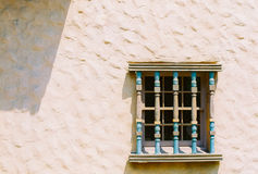 Adobe-Gebäude, Fensterdetail (Filmbild) Stockbilder