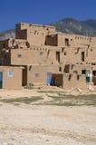 Adobe-Häuser im Pueblo von Taos Stockbilder