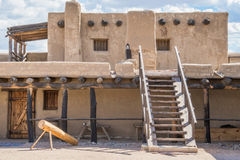 Adobe - historisches altes Biegungs-Fort Colorado Stockbilder