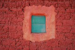 Adobe hus i den Malanje byn, Angola royaltyfri fotografi