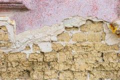 Adobe und Wand des roten Backsteins Lizenzfreies Stockfoto