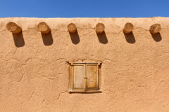 Adobe Wall. And blue sky, Santa Fe, NM Stock Image