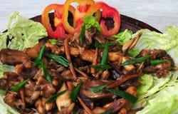 Adobong Palaka (Pernas de sapo cozidas a fogo brando) Foto de Stock Royalty Free