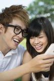 Adolescencias de risa Imagen de archivo libre de regalías
