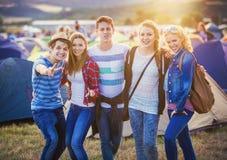 Adolescencias en el festival del verano Fotografía de archivo libre de regalías