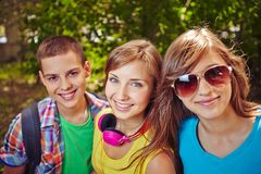 Adolescencias en parque Fotografía de archivo