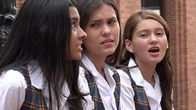 Adolescencias femeninas sorprendidas Imagen de archivo