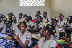Adolescencias haitianas de la escuela secundaria Imágenes de archivo libres de regalías