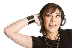 Adolescent écoutant la musique image libre de droits