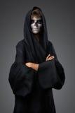 Adolescent avec le cap de crâne de maquillage Photos libres de droits
