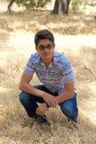 Adolescent en parc image stock