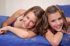 Adolescent riant Images libres de droits