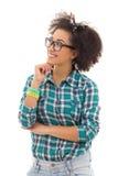 Adolescente afroamericano feliz que sueña sobre algo la ISO Fotografía de archivo libre de regalías