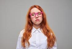 Adolescente agotado que mira indiferente Imagen de archivo libre de regalías