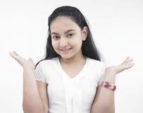 Adolescente asiático con las palmas outstretched Imagenes de archivo