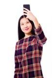Adolescente asiático que toma el selfie Fotos de archivo libres de regalías