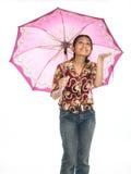 Adolescente bajo el paraguas Fotografía de archivo
