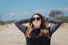 Adolescente bonito en gafas de sol Imagen de archivo libre de regalías