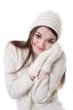 Adolescente bonito en manopla y sombrero hechos punto Fotografía de archivo libre de regalías
