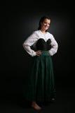 Adolescente bonito en vestido formal de largo envuelto Foto de archivo libre de regalías