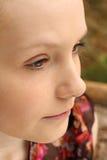 Adolescente bonito que piensa al aire libre Fotografía de archivo libre de regalías