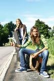 Adolescente che fa auto-stop Fotografia Stock Libera da Diritti