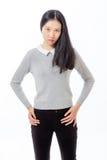 Adolescente chino que se coloca con las manos en caderas Fotos de archivo libres de regalías