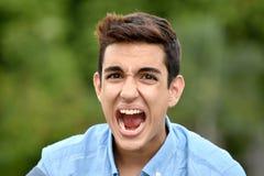 Adolescente colombiano joven de grito Foto de archivo libre de regalías