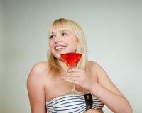 Adolescente com cocktail fotos de stock