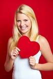 Adolescente com coração do amor Foto de Stock
