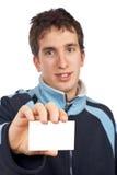 Adolescente com um cartão em branco Fotografia de Stock