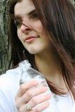 Adolescente con agua Imagen de archivo
