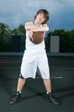 Adolescente con baloncesto Foto de archivo