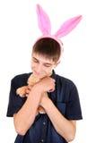 Adolescente con Bunny Ears Foto de archivo