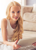 Adolescente con el artilugio Foto de archivo