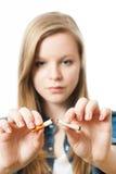 Adolescente con el cigarrillo Fotografía de archivo