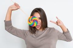 Adolescente con el Lollipop Imágenes de archivo libres de regalías