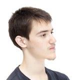Adolescente con el pelo oscuro corto Foto de archivo