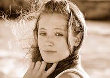 Adolescente con el pelo tousled Imagen de archivo