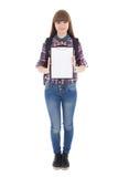 Adolescente con el tablero en blanco aislado en blanco Fotos de archivo libres de regalías