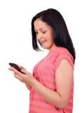 Adolescente con el teléfono elegante Fotos de archivo