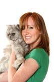 Adolescente con il suo gatto Immagini Stock Libere da Diritti