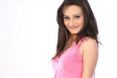 Adolescente con la alineada rosada Imagen de archivo