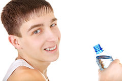 Adolescente con la botella de agua Foto de archivo