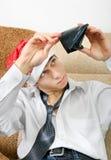 Adolescente con la cartera vacía Foto de archivo