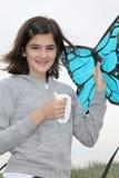 Adolescente con la cometa Imágenes de archivo libres de regalías