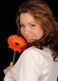 Adolescente con la flor Imagenes de archivo