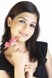 Adolescente con la flor Fotos de archivo libres de regalías
