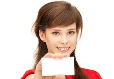 Adolescente con la tarjeta de visita Imágenes de archivo libres de regalías